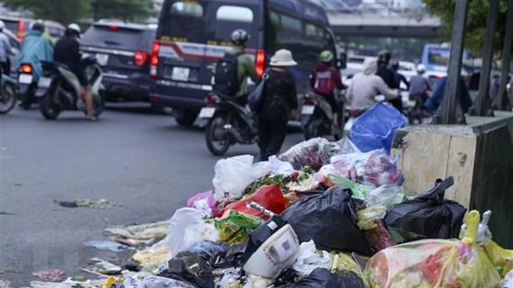 Hà Nội đưa nhiều giải pháp giải quyết tồn tại ở bãi rác Nam Sơn