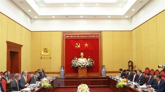 Thúc đẩy hợp tác giữa cơ quan pháp luật Anh với Bộ Công an Việt Nam