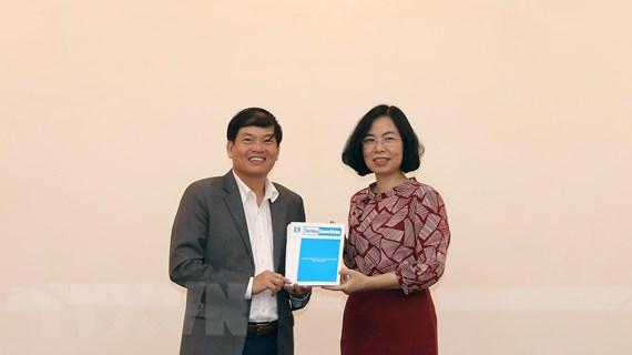 Ban Kinh tế Trung ương đến thăm và làm việc với Thông tấn xã Việt Nam