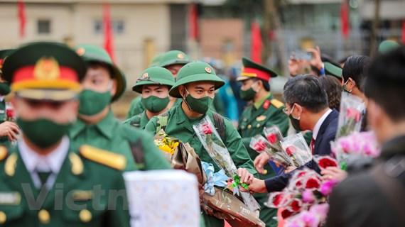 Hàng ngàn thanh niên Thủ đô đã bắt đầu lên đường nhập ngũ