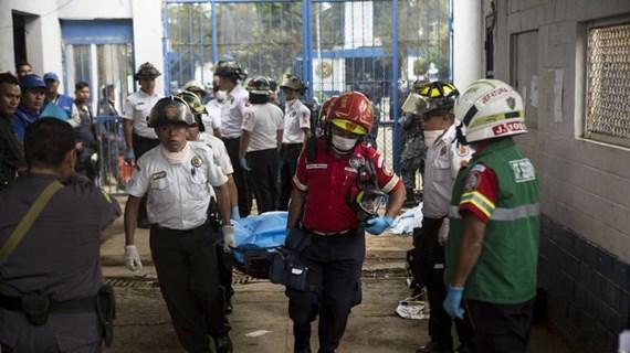 [Video] Cảnh sát Guatemala ngăn chặn âm mưu vượt ngục tập thể