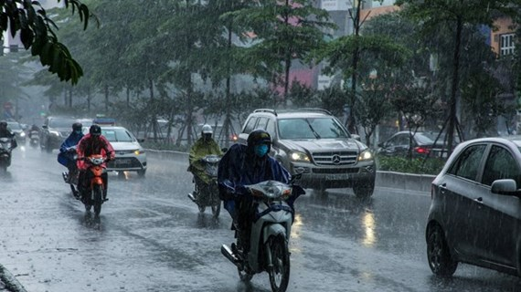 Các khu vực cả nước có mưa rào và dông, đề phòng vùng xoáy thấp ở biển