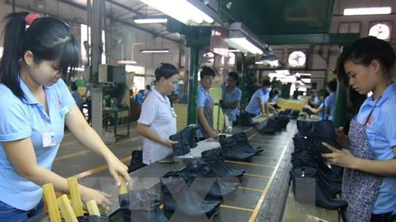 ADB điều chỉnh tăng trưởng dự báo GDP lên 6,9% năm 2019