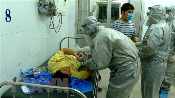 TP.HCM phát hiện 2 du khách Trung Quốc dương tính với virus corona mới
