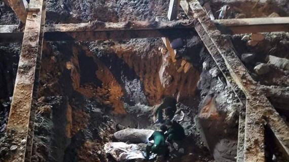 Hà Nội: Tháo dỡ thành công quả bom 'khủng' tại phố Cửa Bắc