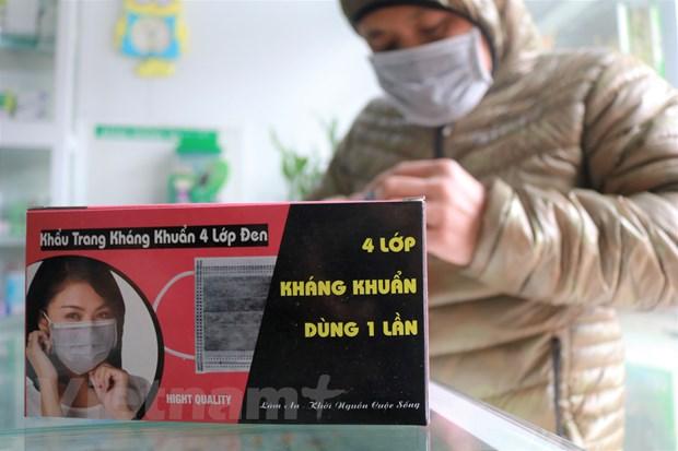 Phong chong dich viem phoi Vu Han: Nguoi dan do xo di mua khau trang hinh anh 2
