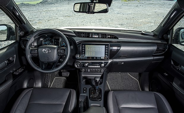Toyota Hilux ban moi ve Viet Nam, de doa 'vua phan khuc' Ford Ranger hinh anh 1
