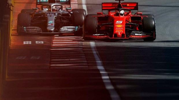 Sebastian Vettel noi dien sau khi bi