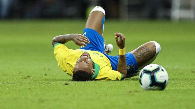 Nguoi ham mo Brazil hoai nghi ve kha nang dang quang Copa America 2019 hinh anh 1