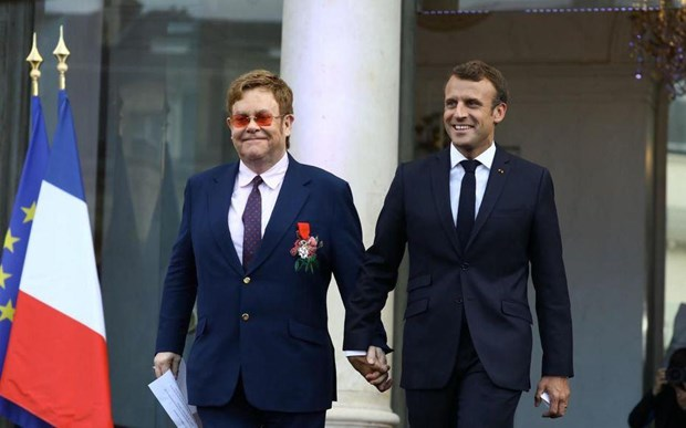 Elton John keu goi cong dong quoc te chung tay day lui HIV/AIDS hinh anh 1