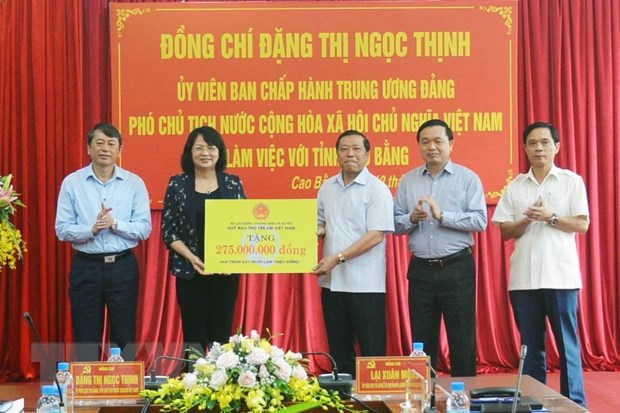 Pho Chu tich nuoc den tham va lam viec tai tinh Cao Bang hinh anh 2