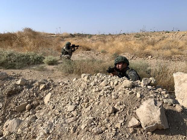Cac luc luong cua Nga tien vao khu vuc bien gioi Syria-Tho Nhi Ky hinh anh 1