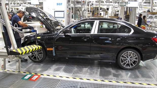 BMW thu hoi hon 12.000 xe tai Australia do loi tui khi phat no hinh anh 1