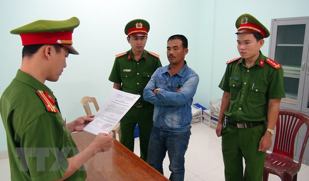 Quang Nam: Bat tam giam 4 bi can truc loi tien ho tro nhien lieu hinh anh 1