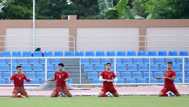 Hau ve Tien Dung thua nhan U22 Viet Nam can tap trung hon hinh anh 1