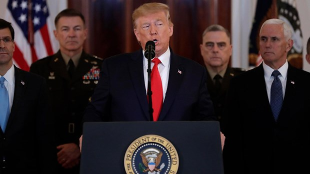 Ong Trump tuyen bo se trung phat kinh te Iran thay vi dung vu luc hinh anh 1