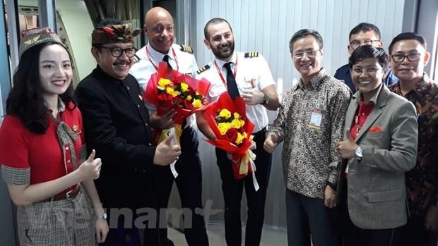 Vietjet Air khai truong duong bay thang Ha Noi - Bali hinh anh 1