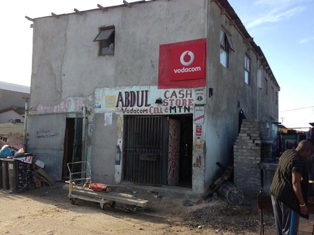 Nam Phi doi mat voi cu soc kinh te