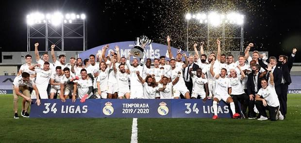 'Lot xac' sau COVID-19, Real Madrid thang tien den chiec cup La Liga hinh anh 1