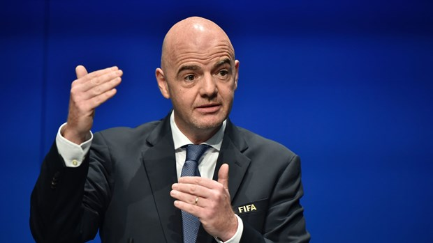 Thuy Si khoi to hinh su Chu tich FIFA Gianni Infantino hinh anh 1