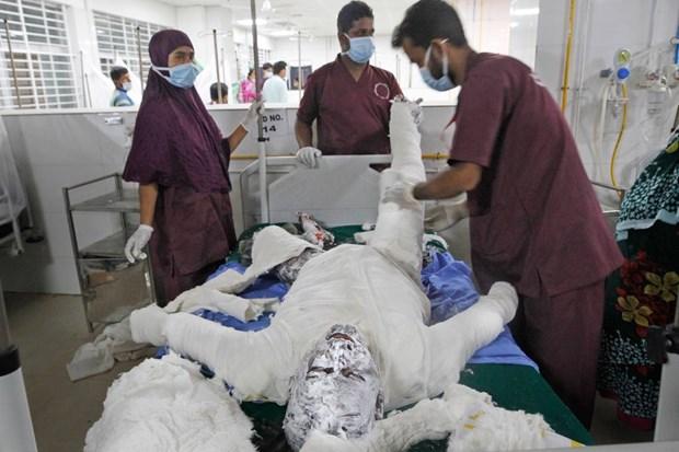 Bangladesh: It nhat 27 nguoi thiet mang trong vu no khi ga o Dhaka hinh anh 1
