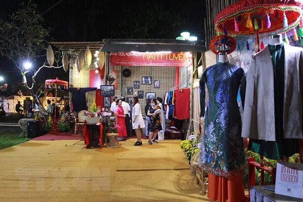 Thanh pho Ho Chi Minh to chuc khai mac Le hoi Tet Viet 2021 hinh anh 2