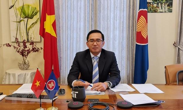 Dai su Tran Duc Binh chinh thuc nham chuc Pho Tong thu ky ASEAN hinh anh 1