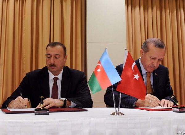 Tho Nhi Ky va Azerbaijan ky hang loat thoa thuan hop tac hinh anh 1