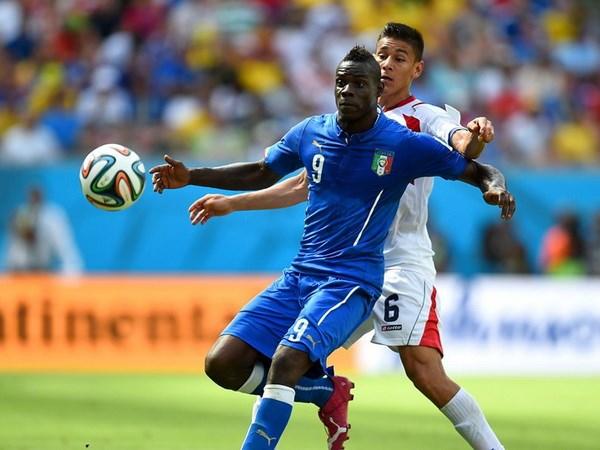 Italy su dung doi hinh 3-5-2 cua Juventus de dau Uruguay hinh anh 1