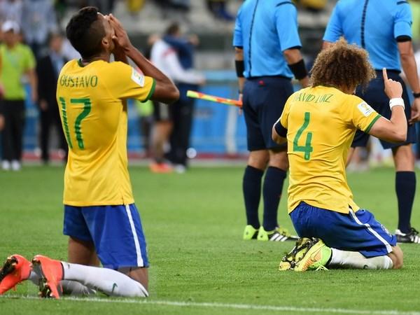 Cuu danh thu the gioi binh luan ve tran thua lich su cua Brazil hinh anh 1