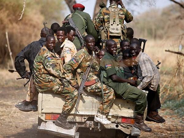 Phien quan Nam Sudan tan cong tai chiem thi tran chien luoc hinh anh 1