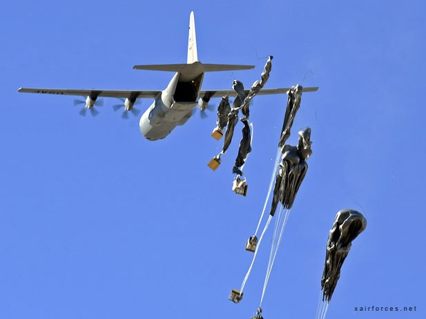My tha vu khi cho luc luong nguoi Kurd chong IS o Kobane hinh anh 1