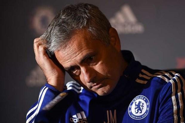Neu Chelsea sa thai Mourinho, ai se thay Nguoi dac biet? hinh anh 1