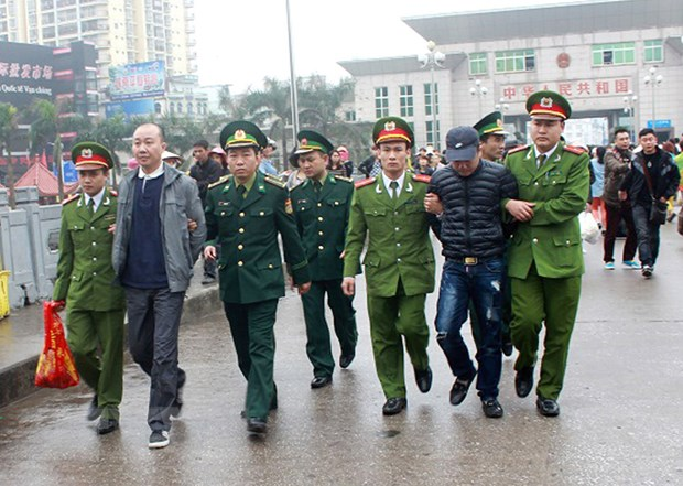 Canh sat Trung Quoc va Viet Nam phoi hop thu giu gan 1,8 tan ma tuy hinh anh 1