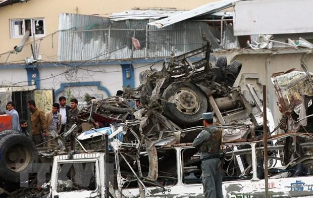 Danh bom lieu chet tai Afghanistan, hon 30 nguoi thuong vong hinh anh 1