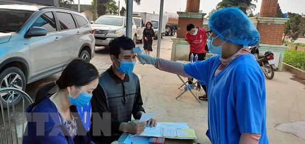 Quang Ninh: Chong dich COVID-19, cac thu tuc hanh chinh van thong suot hinh anh 1