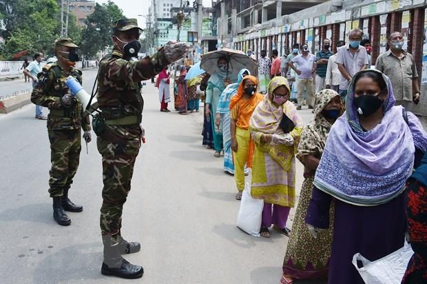 Sri Lanka noi lai hoat dong kinh te, Bangladesh them hon 1.000 ca benh hinh anh 2