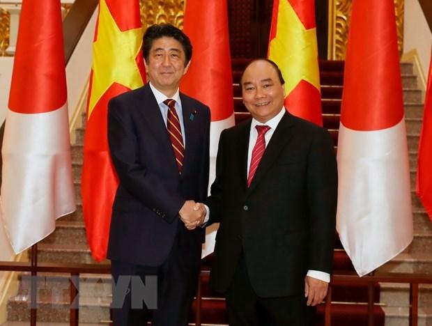 Thu tuong Abe Shinzo va mong muon lam sau sac hon quan he Viet-Nhat hinh anh 2