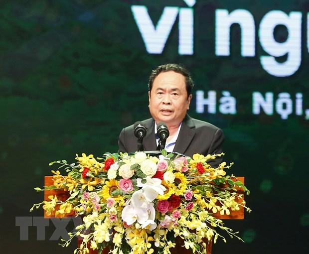 Thu tuong chia se mat mat voi nhan dan mien Trung dang chiu bao lu hinh anh 1