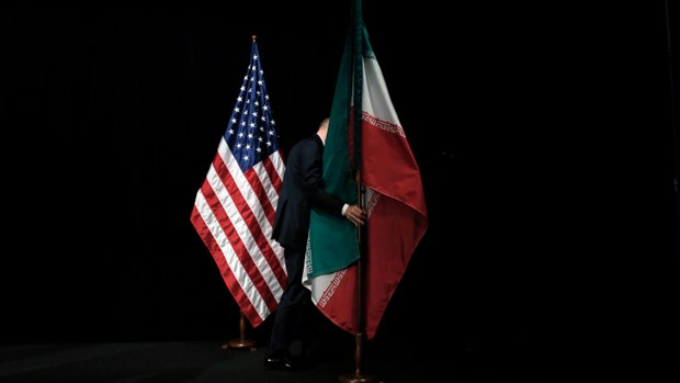 My ap dat lenh trung phat moi nham vao cac quan chuc va thuc the Iran hinh anh 1