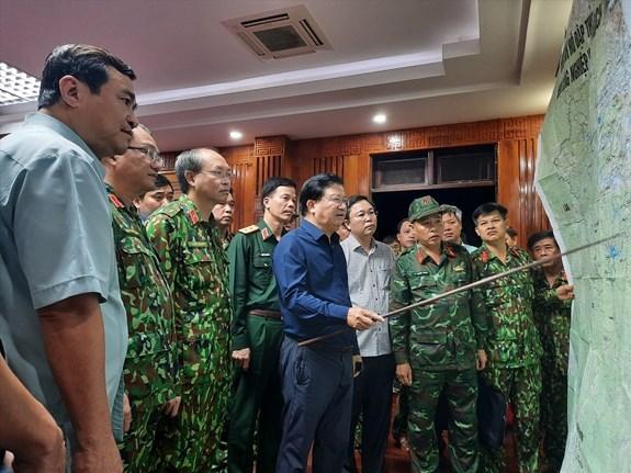 Quang Nam: Hop khan, ban cach cuu ho nan nhan vu sat lo dat o Tra Leng hinh anh 1