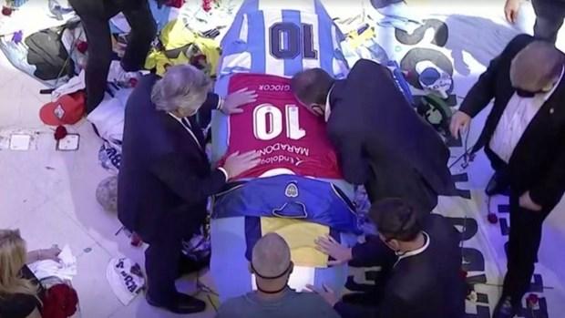 [Audio] Cam on trai bong tron vi da mang Maradona toi hanh tinh nay hinh anh 1