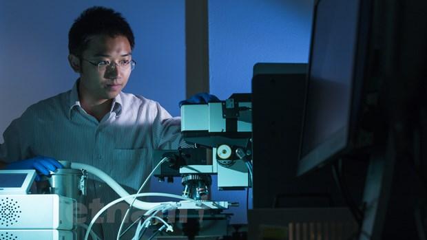 Australia tài trợ Tiến sỹ người Việt phát triển công nghệ pin Mặt Trời