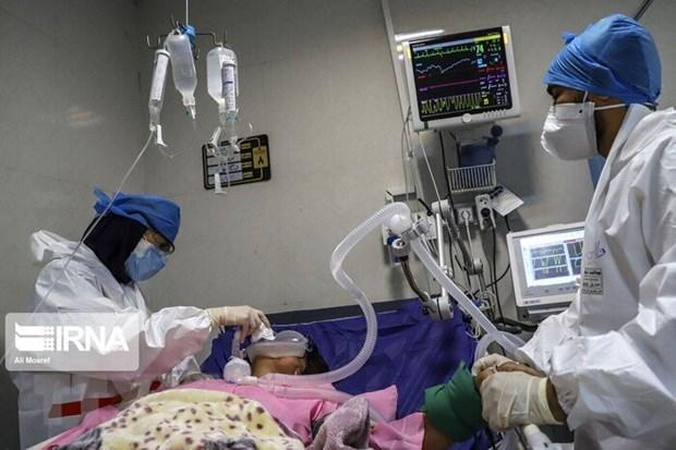Pakistan cap phep su dung vacxin Sputnik V, Iran bat dau tiem chung hinh anh 2