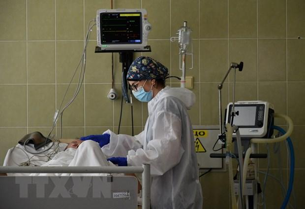 COVID-19: Ukraine ghi nhan bien the virus SARS-CoV-2 moi nguy hiem hon hinh anh 1