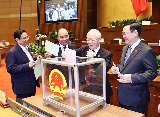 Chuyen gia: Lanh dao moi cua Viet Nam cheo lai dat nuoc den thanh cong hinh anh 1