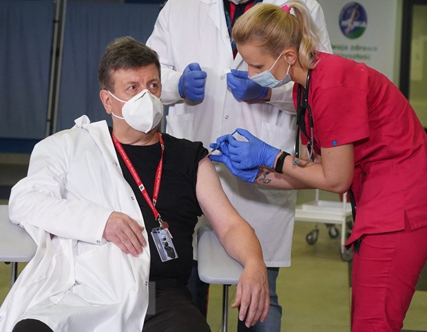 Dich COVID-19: Novavax bat dau giao vaccine cho co che COVAX tu quy 3 hinh anh 2
