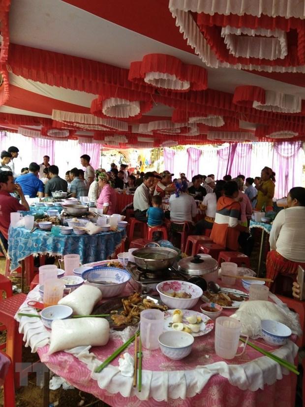Nguyen nhan vu ngo doc co cuoi lam 120 nguoi nhap vien o Dak Nong hinh anh 1