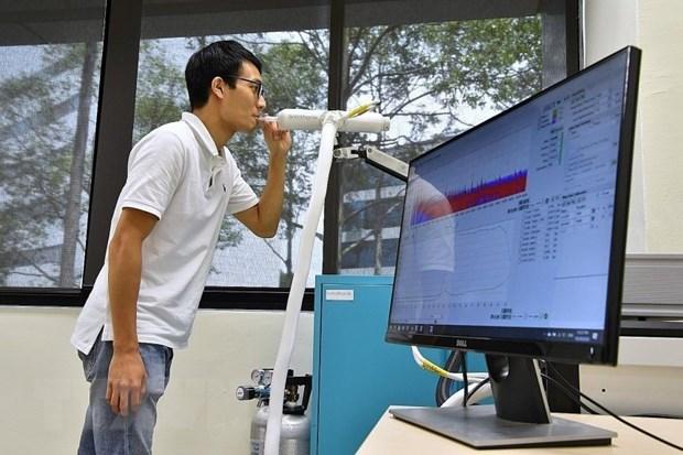 Singapore chuan bi cho viec chung song lau dai voi virus SARS-CoV-2 hinh anh 3