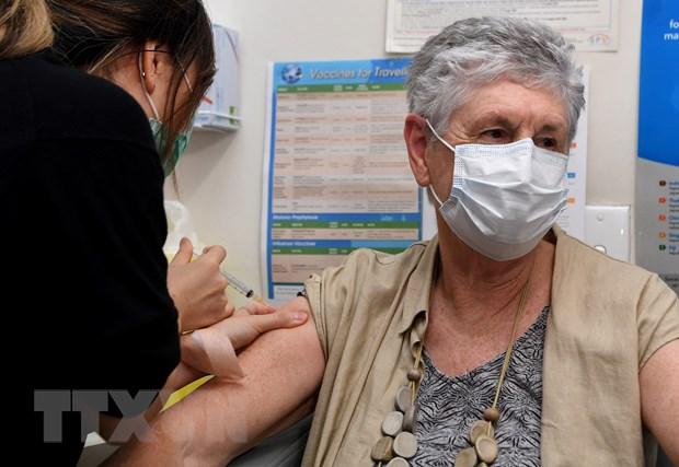 Australia cho phep cac hieu thuoc thuc hien tiem vaccine COVID-19 hinh anh 1